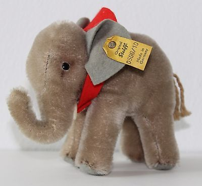 vintage Steiff ELEPHANT with Red Felt Saddle EAN: 0500/10 with Button 3 inches
