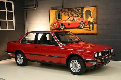 """BMW: 3-Series 1985 BMW 323i e30 """"FACTORY NEW"""" with just 260 KMS"""