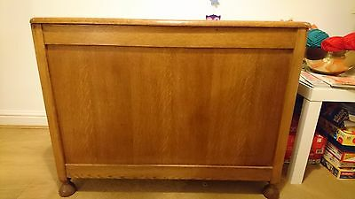 Antique linen chest. Slight watermark to lid, otherwise good condition.