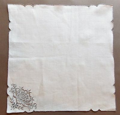 8 Vintage New Old Stock 45cm Square Cream Hand Embroidered Linen Serviettes