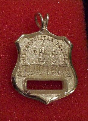 Metro DC Police Mini Badge in 14K Yellow Gold With Numbers - 7.9 Grams