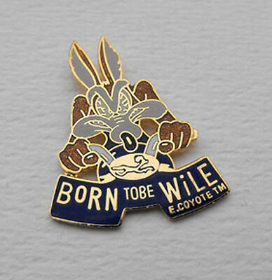 WARNER BROS LOONEY TUNES Wile E Coyote pin mint 1998 FRANCE born to be wile
