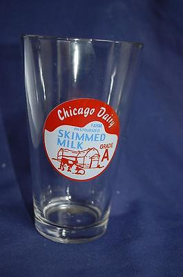 Chicago Dairy Farm Pasteurized Skimmed Milk Pint Glass Cows & Barn Logo