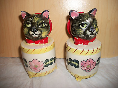 "VINTAGE ""CAT in the Box"" Salt & Pepper Shakers  w/Noise Makers  - Made in Japan"