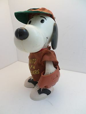 Vintage United Feature Syndacate Peanuts Snoopy Baseball player doll 1966
