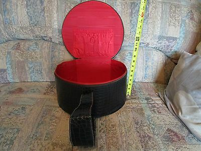 Vintage Black Textured Vinyl Round Train Hat/Suitcase No Markings w/FS