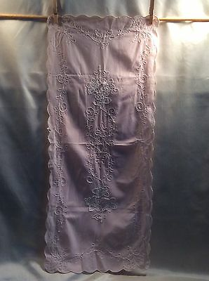 "16S Vintage Embroidered Dresser Scarf/Table Runner 30"" Long Pink (B)"