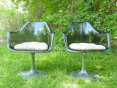 2 Vintage 1960s shell arm chairs Lucite and aluminum Chromecraft Eames era