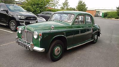 1963 Rover P4 80 4dr Saloon Classic British Car two tone green low mileage