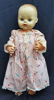 Vintage Horsman baby doll eyes open and close