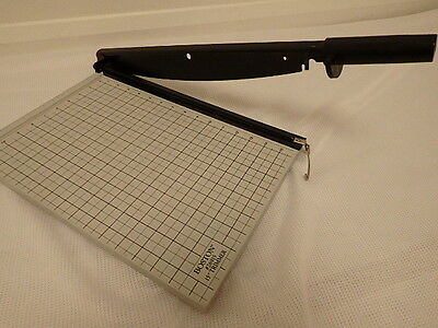"""Boston 15""""inch #26915 Hand Guiloltine Trimmer  Capacity Crafts Home  Office See"""