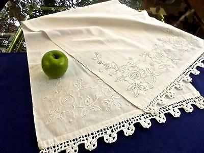 Antique Homespun Linen 17x48 Show Towel French Knot White-on-White Flowers Lace