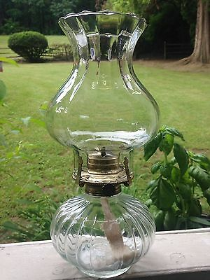 Vintage Lamplight Farms Glass Oil Lamp.