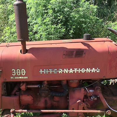 Farmall 300 Antique Tractor Trencher 1955 IH Collector Auburn Trencher