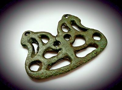 LARGE BRONZE VIKING PLAQUE PENDANT FORMED AS ADDORSED SERPENT 9th A.D.