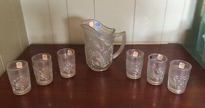 Vintage White Iridescent Imperial Robin Pattern 670 Water Pitcher Set Glasses