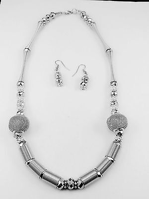 Charm Metal Silver Stick Mesh Ball Shape Silver Faceted Cut Glass Bead Necklace