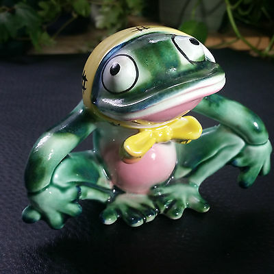 Get Well Frog ~ Vintage Napco Decorative Ceramic Frog Figurine Planter Vase