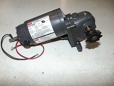 1/12 HP Dayton 90 v DC Gearmotor Gear Reduction Electric Motor 3.2 RPM