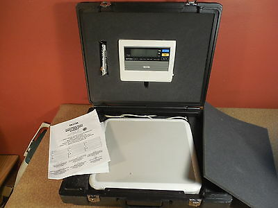 Tanita Professional Electronic Scale Model BWB-800A w Remote Display Case Works