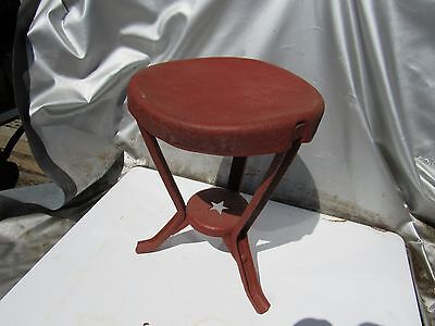 Vintage Original Primitive Star Metal Milking Stool-3 Legs