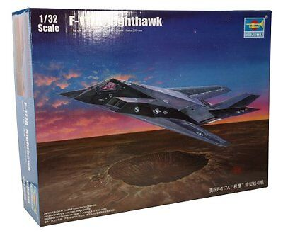 F-117 A Nighthawk Aircraft Plastic Kit 1:32 Model 3219 TRUMPETER