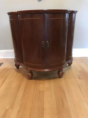 Bombay Bar/Liquor Cabinet