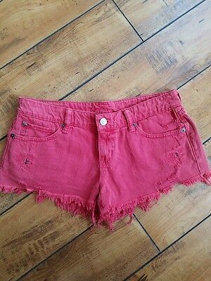 Raulph Lauren Vintage Style Frayed & Distressed Red Mini light washed Shorts