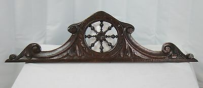 US0049 beautifull Hand Carved Pediment in oak wood, breton style