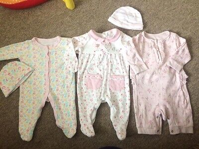 3 X Girls Sleepsuits Babygrows With 2 Hats 0-3 Months