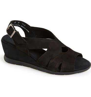 $184 Munro Women's Lola Black Suede Sandals Wedge Size 7.5SS NEW