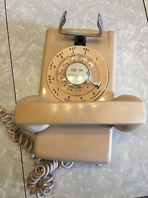 Vintage Rotary Dial Bell Systems Wall Phone