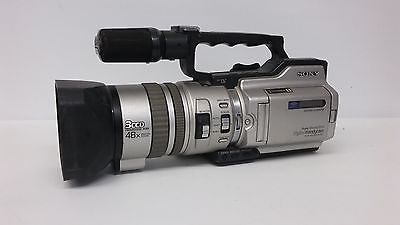 Sony DCR-VX2000 DV Video Camera AS IS UNTESTED CAMERA ONLY