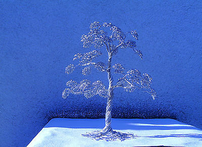 Drahtbaum/ Skulptur/ Dekoration/ Büro/ Vitrine   Wire tree sculpture decoration