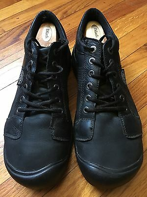 Keen Briggs Men's 13 oxford. Black leather casual shoe.