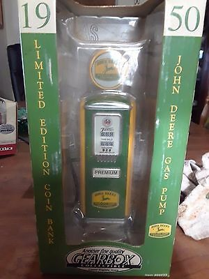 Gearbox John Deere 1950 Gas Pump Coin Bank Limited Edition
