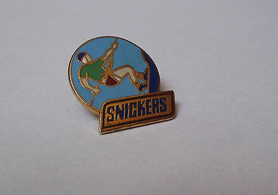 pin's barre chocolatée snickers - escalade (EGF)