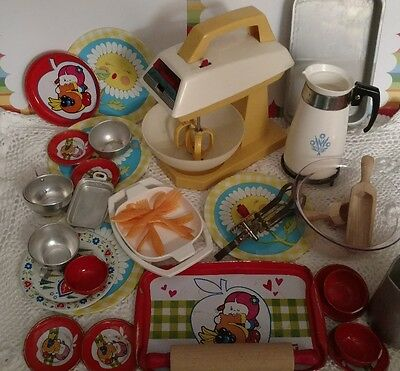 Large Lot Vintage Pretend Kitchen Cooking Toys Mixer Tin Dishes Old Pots Pans