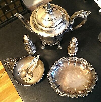 Vintage Lot Of Silverplate Items Teapot, Salt & Pepper Shakers, trays