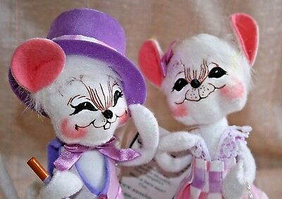 """NOS 2003  ANNALEE Mobilitee 7"""" Spring Girl and Spring Boy Mouse Dolls"""