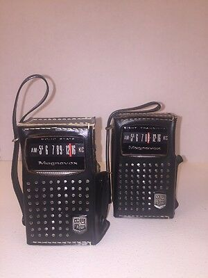 Magnavox 2AM081 Eight Transistor & Solid-State Pocket AM Radio W/Leather Cases