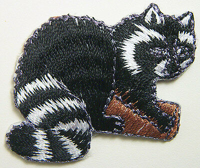 """2"""" x 1½"""" Embroidered Raccoon Racoon On Tree Branch Iron On Applique Patch"""