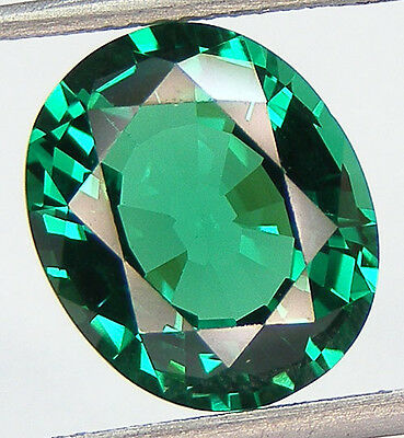 5 CARATS EXCELLENT CUT OVAL 12x10 MM. LAB CREATED NANOCRYSTAL EMERALD