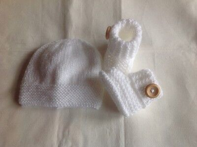 Hand Knitted Newborn Baby Hat and Boots/Booties set in White