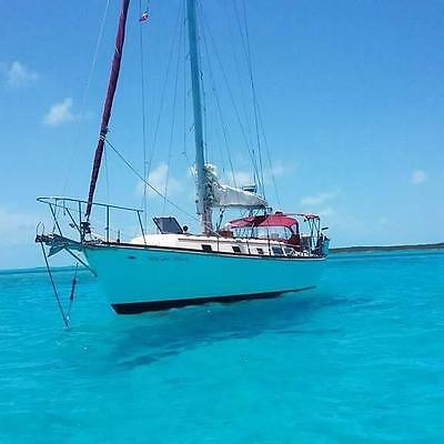 1977 Gulfstar 37 fully equipped cruising sailboat yacht, tons of upgrades