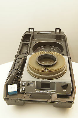 Kodak Ektagraphic III E slide projector with case, zoom, remote, and extra bulb