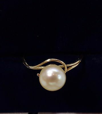 Cultured Pearl Ring in 9ct Yellow Gold - Size L 1/2