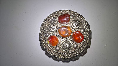 nepal/tibet white metal pill box