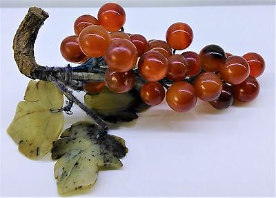 Chinese Agate Stone Carved Bunch Of Grapes