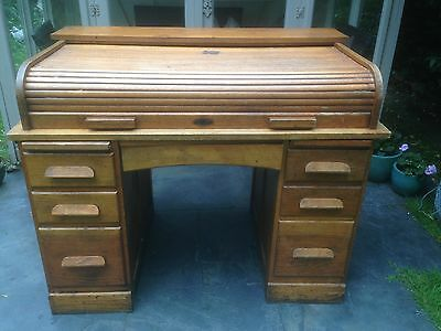 Arts & Crafts Oak Roll Top Desk Rolltop Tambour Pedestal, circa 1920